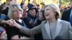 Hilarii Kilintani fi abbaa warraa ishii Bill Kilintan ganama harraa filannoo irratti hirmaatanii yeroo deebi'an