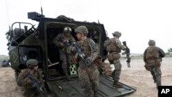미국 해병대원들이 지난 2월 태국에서 시작된 코브라골드 다국적 연합훈련에 참가했다.