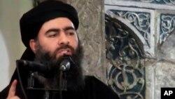 지난 2014년 수니파 무장단체 IS가 최고지도자인 아부 바크르 알바그다디의 연설 모습을 공개했다.