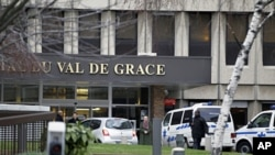 The entrance of the Val-de-Grace military hospital in Paris, January 9, 2012, where Guinea Bissau President Malam Bacai Sanha died on Monday as he was undergoing treatment, according to a statement from his office read over local radio