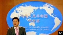 时任中国外交部发言人秦刚(2007年7月5日)