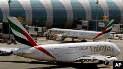 Pesawat superjumbo A380 di bandara Dubai, Uni Emirat Arab (foto: ilustrasi).