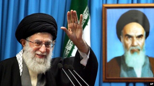 Pemimpin agung Iran Ayatollah Ali Khamenei menyatakan bahwa Iran mendukung penghapusan senjata nuklir (Foto: dok).