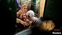 اعداد و شمار کے مطابق پاکستان میں صورت حال ماضی کی نسبت بہتر بتائی جا رہی ہے — فائل فوٹو