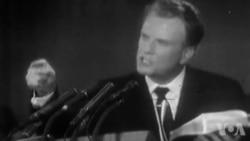 Kèk Referans Kle nan Vi Reveran Billy Graham ak Lyonel Desmarattes