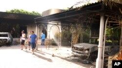 Lãnh sự quán Hoa Kỳ tại Benghazi, Libya sau một cuộc tấn công làm thiệt mạng 4 người Mỹ, bao gồm cả Đại sứ Chris Stevens