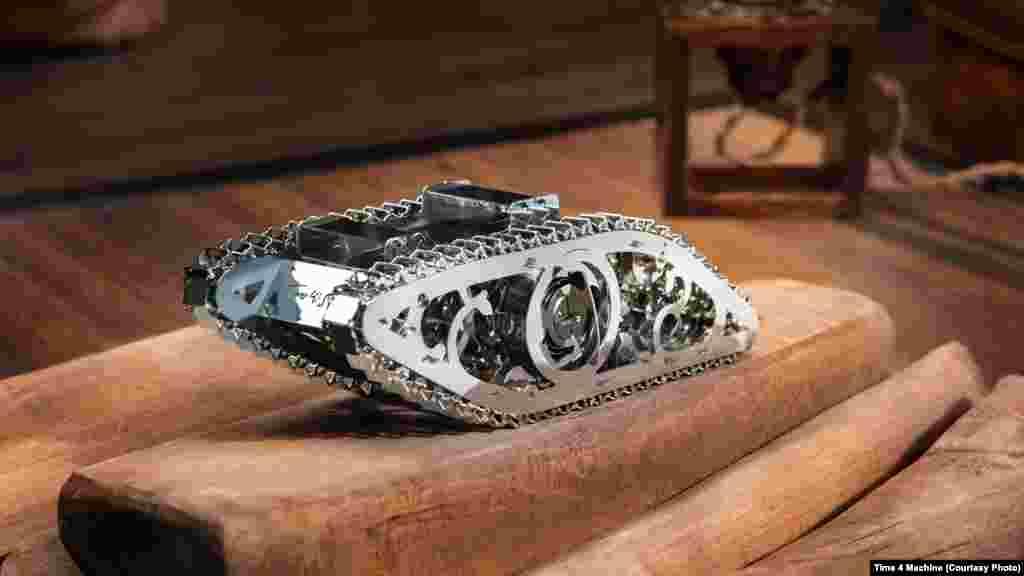 Іграшковий танк