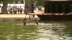 2015-05-27 美國之音視頻新聞:熱浪襲擊印度 逾千人死亡