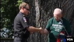 警民合作小社區恢復治安和寧靜