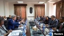 کری در جلسه دیدار با وزیر امور خارجه اتیوپی