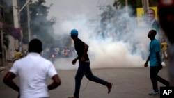 Manifestasyon nan Pòtoprens kont Prezidan Michel Martelly 24, janvye 2016. Pòtoprens,Ayiti.
