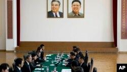 지난 3월 중국 베이징 주재 북한대사관에서 양국 국장급 회담이 열렸다. 북한 송일호 북·일 국교정상화 교섭담당 대사와 일본 이하라 준이치 외무성 아시아대양주 국장이 각각 참석했다.