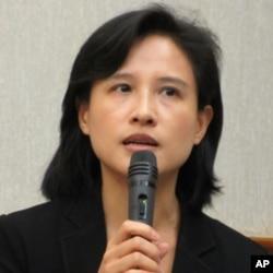 台湾文化部长郑丽君过去在担任民进党立委时