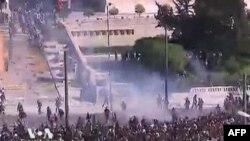 Greqi: Përleshje mes policisë greke dhe protestuesve kundër masave shtërnguese ekonomike