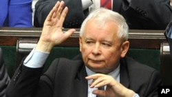 Leader of the ruling Law and Justice party, Jaroslaw Kaczynski votes to approve a law on court control, in the parliament in Warsaw, Poland, July 20, 2017.