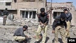 Polisi Pakistan sering menjadi sasaran serangan pemberontak.
