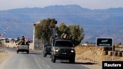 جھڑپوں کے بعد سے علاقے میں کرفیو نافذ ہے اور سکیورٹی دستے گشت کر رہے ہیں (فائل فوٹو)