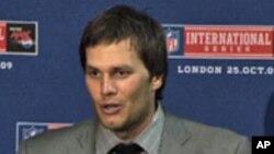 """Tom Brady, el mariscal de campo de los New England Patriots no ha comentado aún el fallo a su favor en el caso """"deflategate"""""""