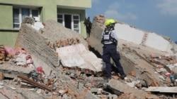 Aiding Nepal's Quake Victims
