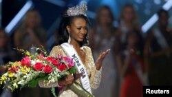 Deshauna Barber representará ahora a Estados Unidos en el concurso Miss Universe más adelante este año.