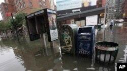 폭우로 침수된 뉴욕 맨해튼 소재 소호 거리
