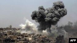 عفو بین المللی گفته است احتمالاً ۵۸۰۵ غیر نظامی در نتیجۀ حملات قوای ائتلاف به رهبری ایالات متحده در غرب موصل، کشته شده اند