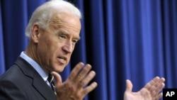 美國副總統拜登敦促國會幫助失業人士