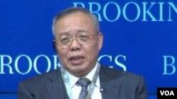 中国国际经济交流中心常务副理事长郑新立