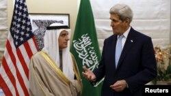 Ngoại trưởng Mỹ John Kerry gặp Ngoại trưởng Ả rập Saudi Adel al-Jubeir tại London, ngày 14/1/2016.