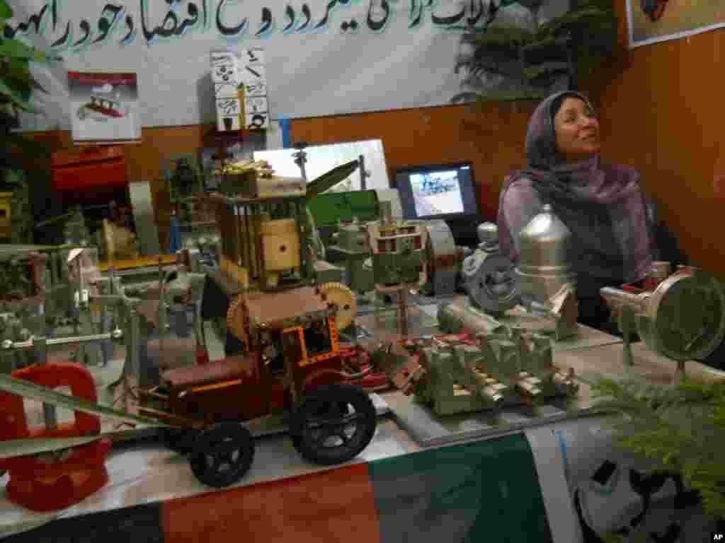 افتتاح اولین نمایشگاه محصولات زراعتی دهقانان هرات