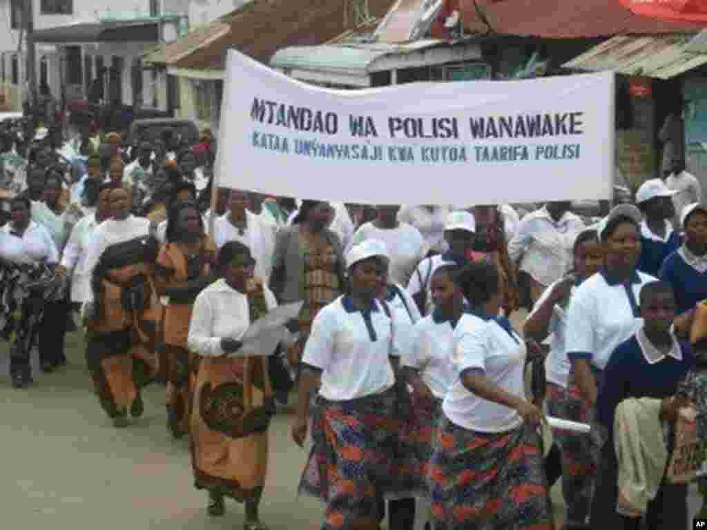 Maandamano kuadhimisha siku ya wanawake Iringa Tanzania