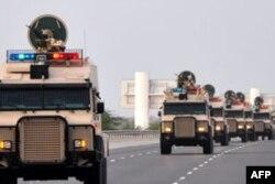 Demokrasi hareketini ezmek için Bahreyn'e gönderilen Suudi askerler
