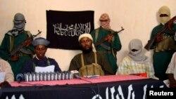 Militantes al-Shabab (imagem de arquivo)