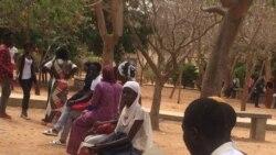 San gnongon dan, (Examen du Bacalaureat), daminin an Mali djamana fan be. (VOA / Seydina Aba Gueye)