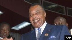 Président ya Congo-Brazzaville Denis Sassou Nguesso na bokutani na Niamey, 7 juillet 2019.