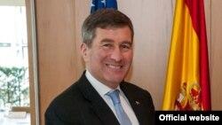 အေမရိကန္ ႏုိင္ငံျခားေရးဌာန စီးပြားေရးနဲ႔ စီးပြားေရးလုပ္ငန္းဆိုင္ရာ လက္ေထာက္ ႏုိင္ငံျခားေရး၀န္ႀကီး Charles Rivkin (Photo: U. S. Department of State: Economic & Business Affairs)