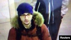Terduga pembom di stasiun kereta api bawah tanah di St.Petersburg, Rusia, Akbarzhon Jalilov terlihat dalam foto yang didapatkan oleh 5th Channel Russia, 4 April 2017 (Foto: 5th Channel Russia/via Reuters).