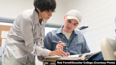 Programs Let Inmates Earn University Degree While in Prison