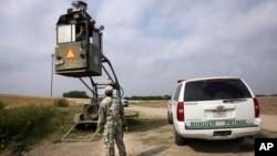La disminución en las detenciones puede deberse a las altas temperaturas del verano o mensajes sobre el peligro de cruzar la frontera.