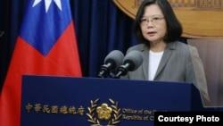 台灣總統蔡英文13日針對巴拿馬與台灣斷交發表電視講話(台灣總統府)