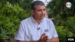 El opositor y precandidato presidencial nicaragüense Juan Sebastián Chamorro fue sacado de su casa en horas de la noche del 8 de junio de 2021 por la Policía Nacional. Foto Houston Castillo, VOA.