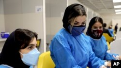 مرکز جدید واکسیناسیون در مجتمع تجاری ایران مال