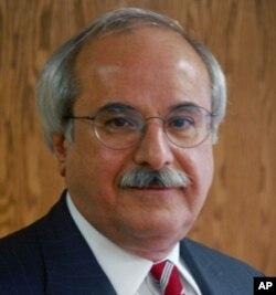 阿瓦德的律师迈克尔·撒勒姆