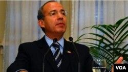 El presidente de México hizo también un llamado a Estados Unidos para que coopere en la reducción del consumo de drogas.