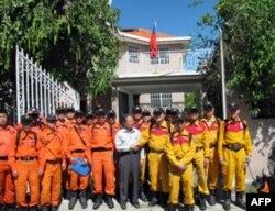 台湾的海地救援队队员(资料照片)