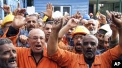 파업을 시작한 수에즈 운하 노동자들
