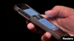 4 de cada 10 hogares estadounidenses han abandonado sus teléfonos viejos y se han cambiado a la telefonía móvil.