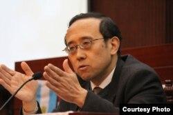 澳门大学教授王建伟(资料照片)