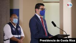 El ministro de Salud de Costa Rica, Daniel Salas, anunció recientemente que será obligatorio el uso de mascarillas en espacios públicos para evitar la propagación y contagio del COVID-19.