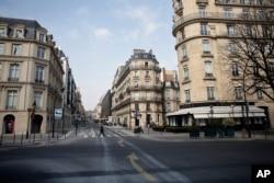 Parij